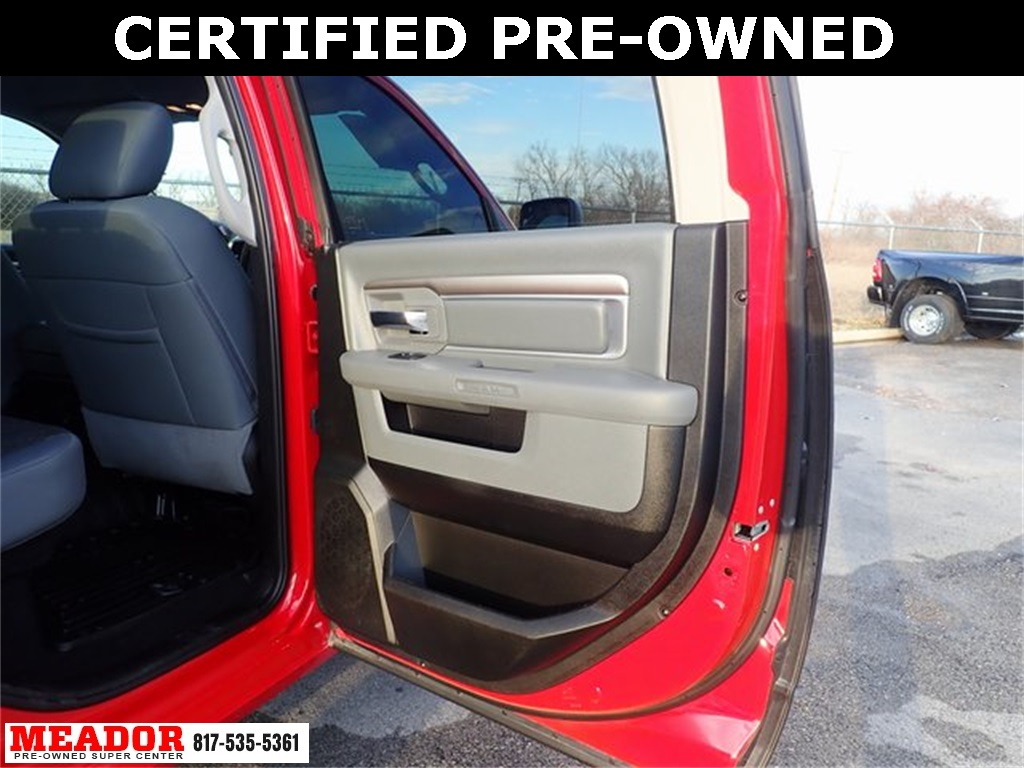 Certified Pre-Owned 2019 Ram 1500 Classic Lone Star