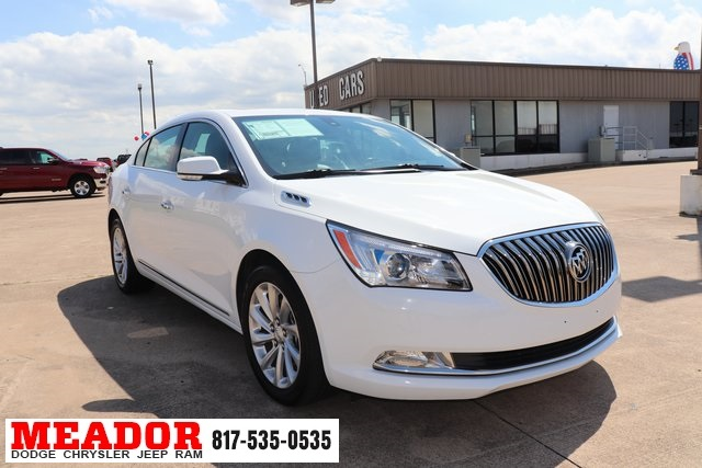 Pre-Owned 2016 Buick LaCrosse Leather Group