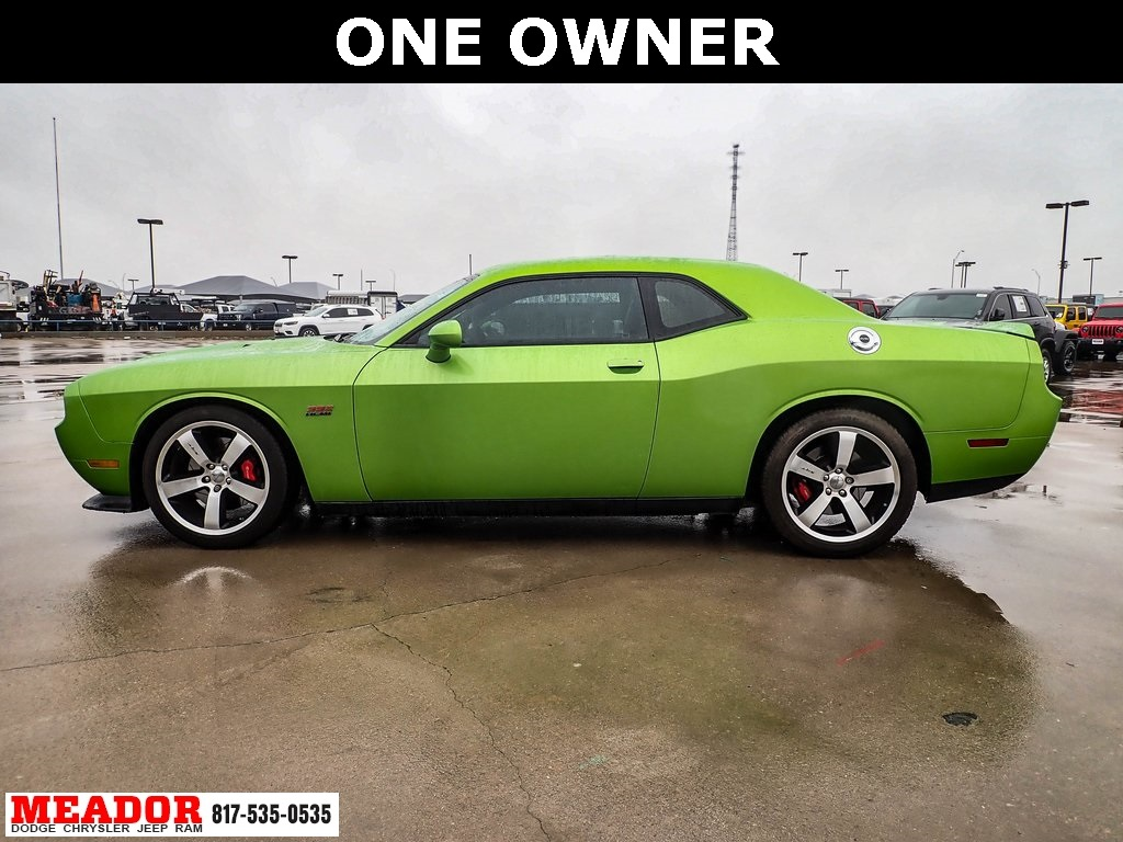 Pre-Owned 2011 Dodge Challenger SRT8